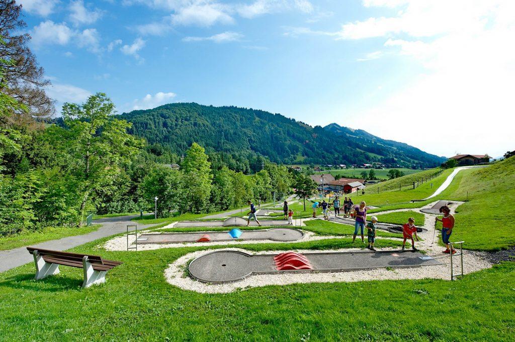 H Minigolfplatz (2)